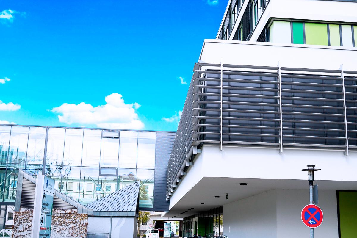 <span>Medizinische Klinik und Poliklinik III Bonn</span>