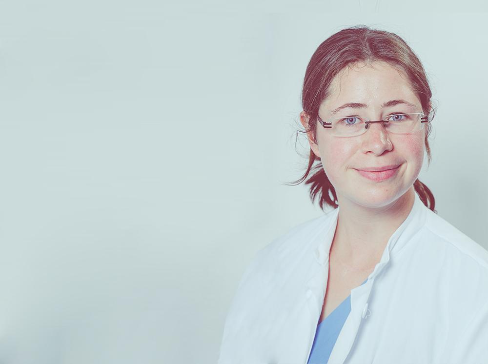 Portrait Assistenzärztin Johanna Kölpin