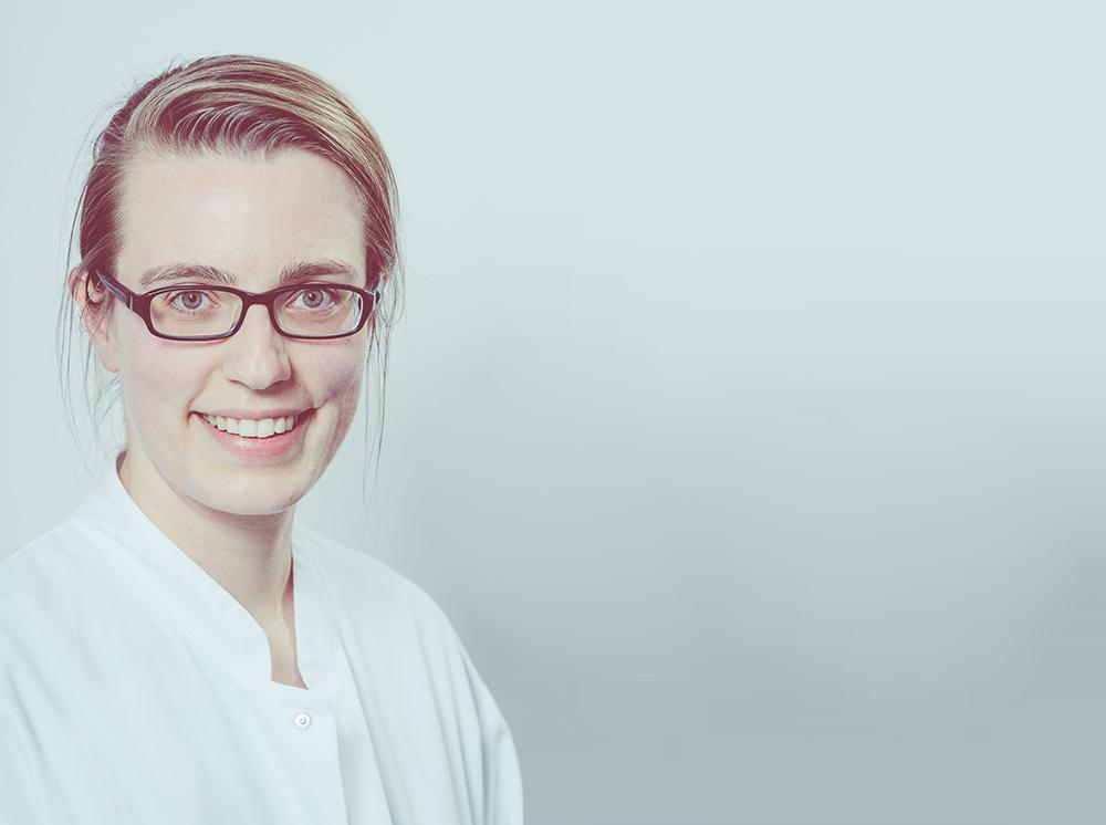 Portrait Assistenzärztin Maria Vonnahme